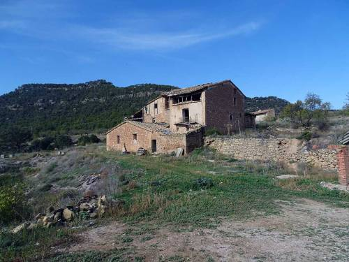 Ráfales - Spectacular farmland with farmhouse in Ráfales, of 15 hectares